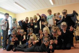 Die Uhr des Schicksals Tanz-Theater-Projekt Ensemble